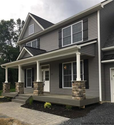Montgomery Single Family Home Fully Executed Contract: 65 Parsonage Farm Lane