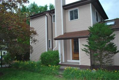Hurley Single Family Home Accepted Offer Cts: 789 Lucas Ave Extension
