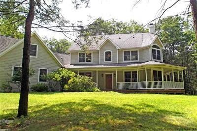 Woodstock Single Family Home For Sale: 22 Hemlock Ridge Road