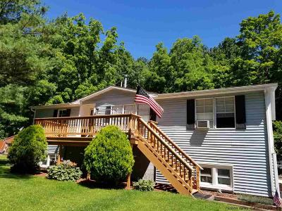 Highland Single Family Home For Sale: 493 Route 44/55