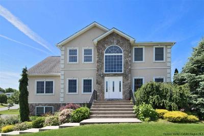 Highland Single Family Home For Sale: 18 Hudson