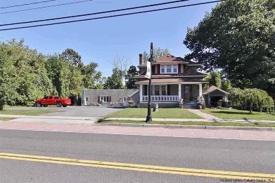 Single Family Home For Sale: 209-211 Broadway