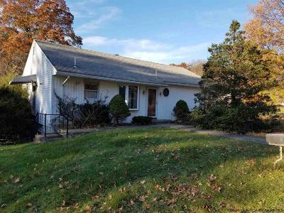 Single Family Home Pcs W/Major Contingency: 172 Clay Road