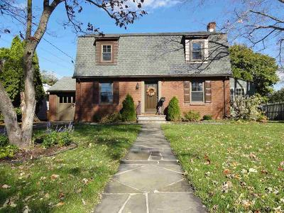 Kingston Single Family Home Fully Executed Contract: 68 Wilson Avenue