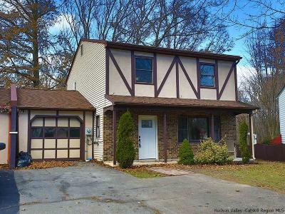 Montgomery Single Family Home Fully Executed Contract: 176 Waters Edge