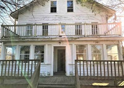 Multi Family Home Accepted Offer Cts: 611 N Chodikee Lake Road