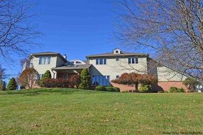 Kingston Single Family Home For Sale: 445 Country Club Lane