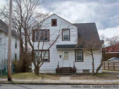 Multi Family Home For Sale: 39 Smith Ave