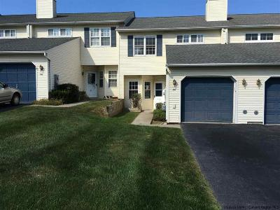 Walden Townhouse Accepted Offer Cts: 54 Winding Brook Drive