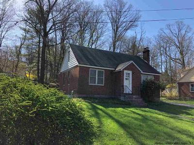 New Paltz Single Family Home Fully Executed Contract: 36 North Oakwood Terrace