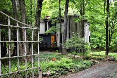 New Paltz Single Family Home Fully Executed Contract: 16 Sparkling Ridge Road