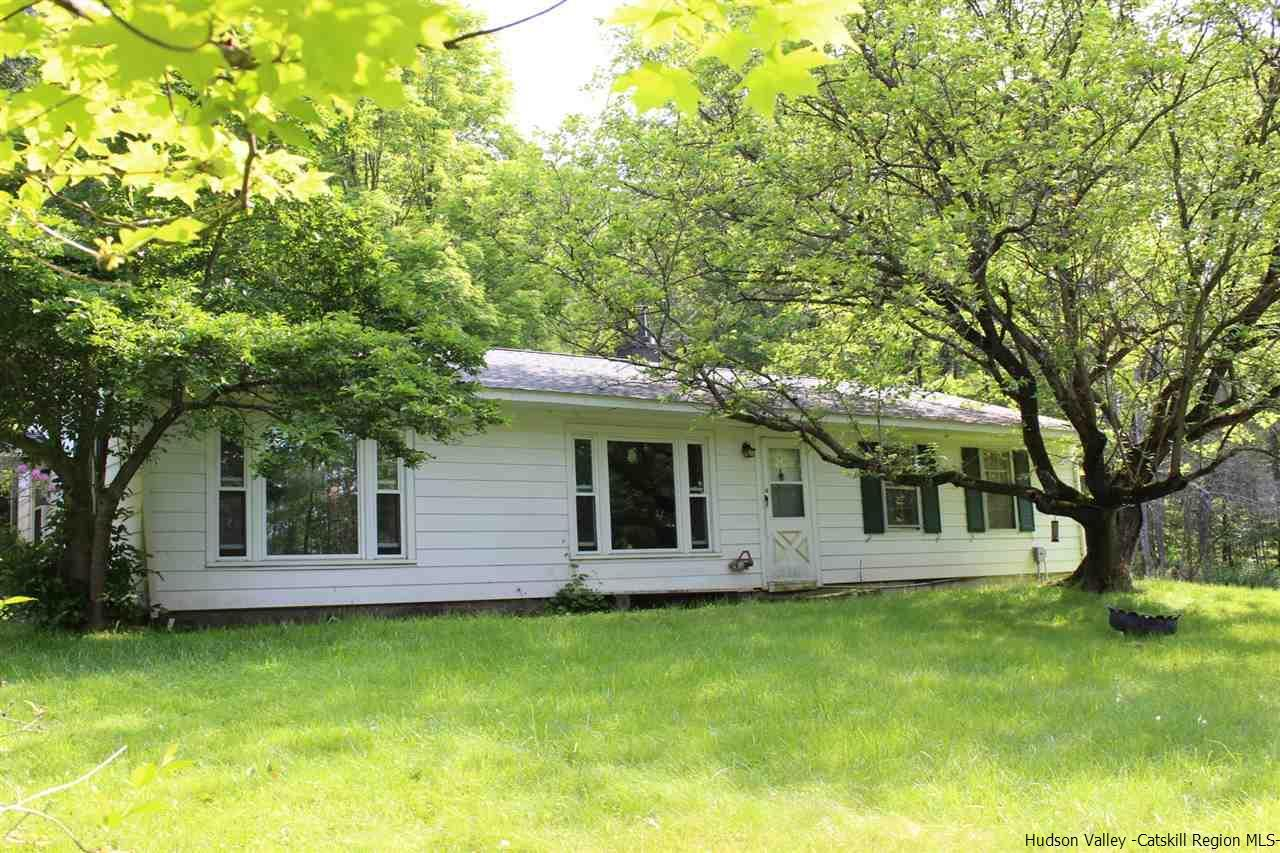 6 bed / 3 full, 1 partial baths Home in Woodstock for $375,000