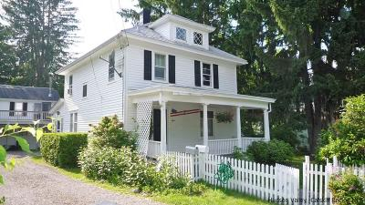 Woodstock Single Family Home For Sale: 8 Neher Street