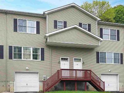 Saugerties NY Townhouse For Sale: $219,900