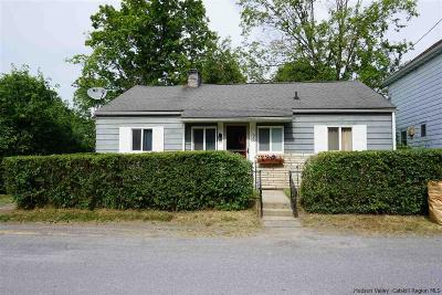 Connelly Single Family Home Accepted Offer Cts: 353 Center Street