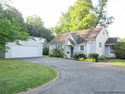 Saugerties Single Family Home For Sale: 5 Esopus Drive