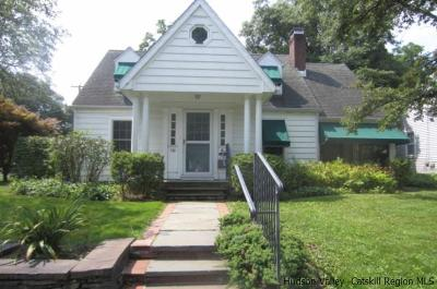 Single Family Home Sold: 10 Lincoln Place