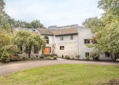 Kingston Single Family Home For Sale: 47 Tall Oaks Drive