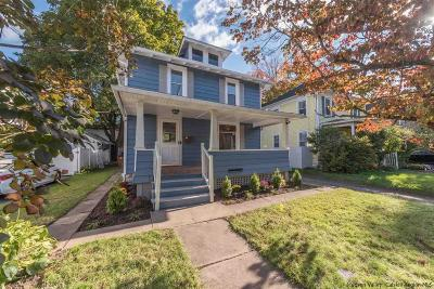 Kingston Single Family Home For Sale: 12 Washington Avenue
