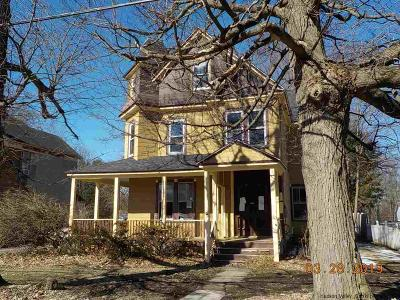 Chatham Single Family Home For Sale: 20 Woodbridge Ave