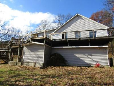 Saugerties Single Family Home For Sale: 22 Walnut Grove Farm Road