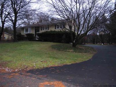 Stone Ridge Single Family Home Accepted Offer Cts: 17 Candlewood Lane