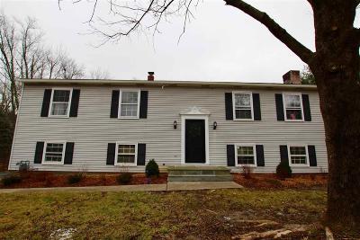Kingston Single Family Home For Sale: 49 Lainey Lane