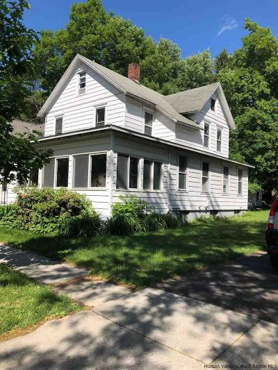 New Paltz Single Family Home For Sale: 10 North Oakwood Terrace