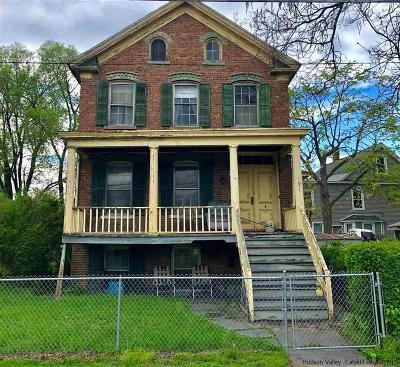 Kingston Single Family Home For Sale: 127 Greenkill Avenue