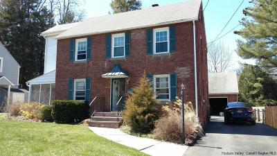 Kingston Single Family Home For Sale: 38 Plymouth Avenue