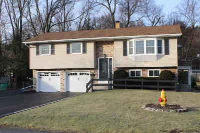 Saugerties Single Family Home Accepted Offer Cts: 3 Highland Court