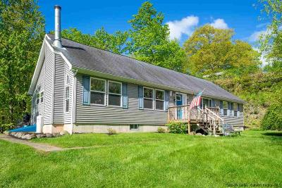 Saugerties NY Single Family Home For Sale: $389,000