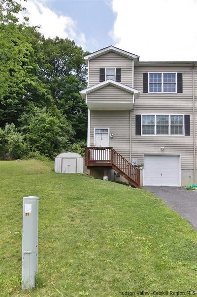 Saugerties Townhouse For Sale: 61 Red Maple Road