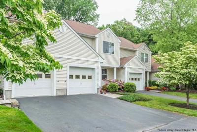 Kingston Townhouse For Sale: 16 Twin Ponds Drive