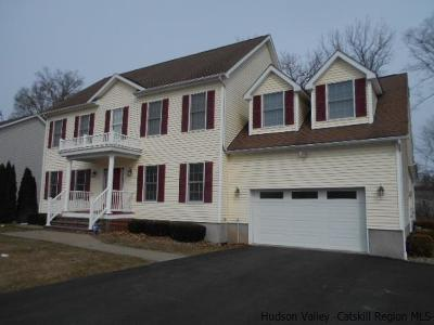 Saugerties Single Family Home For Sale: 102 Josephs Drive