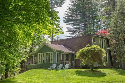 Woodstock Single Family Home Fully Executed Contract: 18 Wardwell