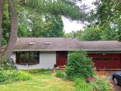 Highland Single Family Home For Sale: 10 Pine Terrace