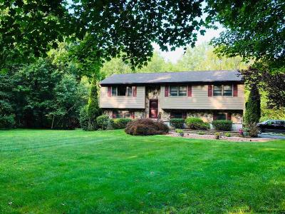 New Paltz Single Family Home Fully Executed Contract: 74 South Ohioville Road
