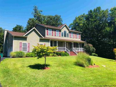 Single Family Home For Sale: 97 Glen Rock Circle