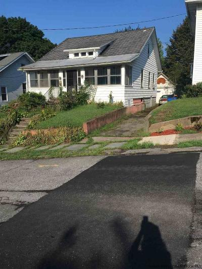 Kingston Single Family Home For Sale: 19 Hasbrouck Place