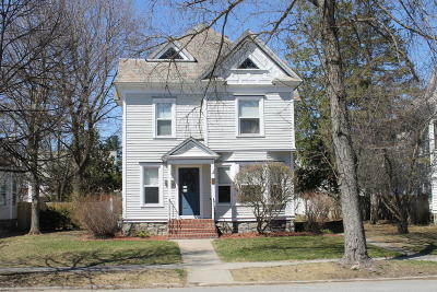 Single Family Home For Sale: 11 Lincoln Avenue