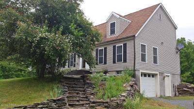 Salem Single Family Home For Sale: 676 Bogtown Rd.