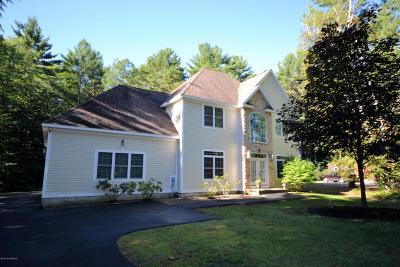 Queensbury Single Family Home For Sale: 36 N Church Lane