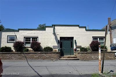 Commercial Closed: 7 Iroquois Street