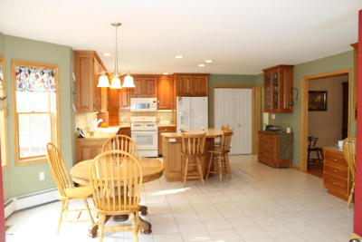 Glens Falls Single Family Home For Sale: 9 Windy Ridge Rd