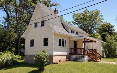 Single Family Home For Sale: 8 Marion Avenue
