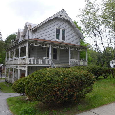 Lake Luzerne Single Family Home For Sale: 315 Lake Avenue