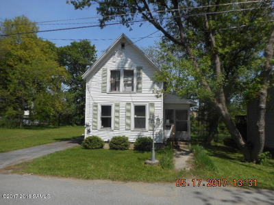 Glens Falls Single Family Home For Sale: 61 Peck Avenue