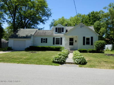 South Glens Falls Vlg Single Family Home Contingent Contract: 34 Chestnut Street