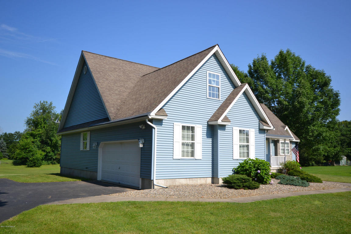 3 bed / 2 baths Home in Queensbury for $249,900